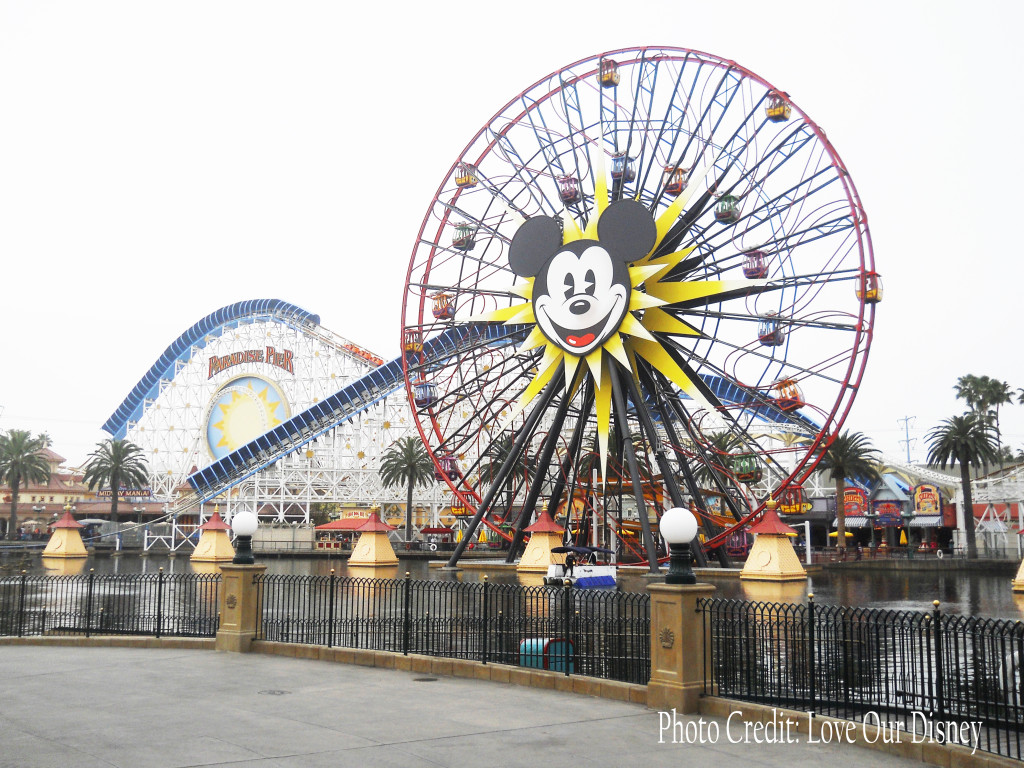 Disneyland Paradise Pie w photo creditr