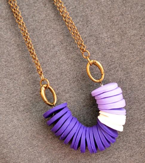 Violet Necklace: #RainbowHop14