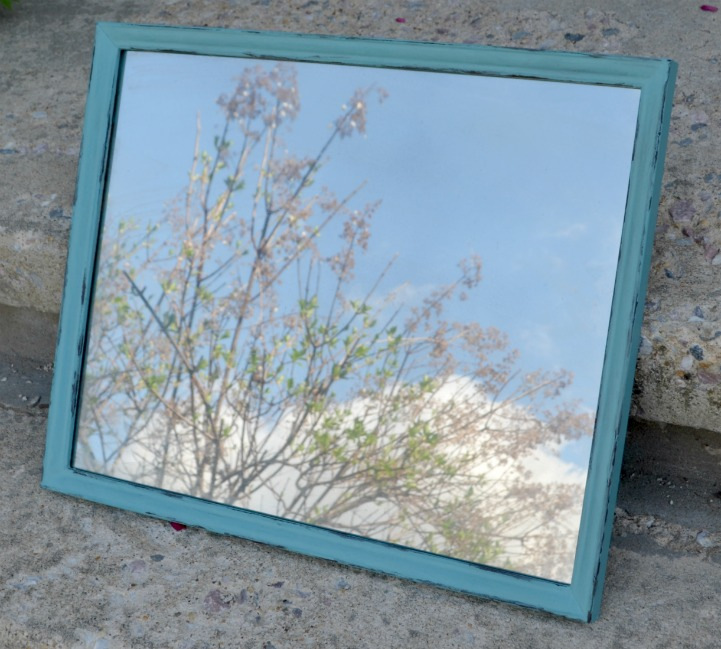 Make Your Own Decorative Mirror