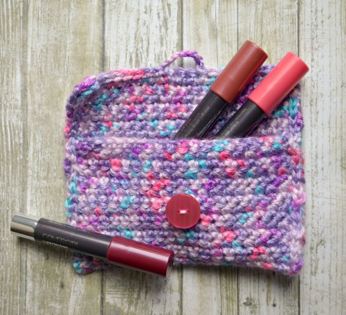 Simple Crochet Pouch