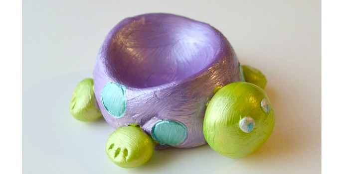 Pottery Cool Studio: Creating a Turtle Dish