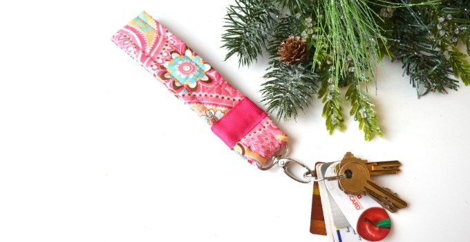 Easy DIY Quilted Key Fob