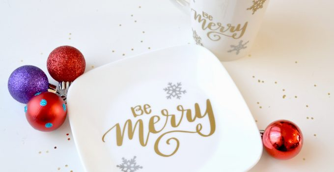 Hand Lettered Holiday Dishware & a Silhouette Cameo 3 Giveaway!