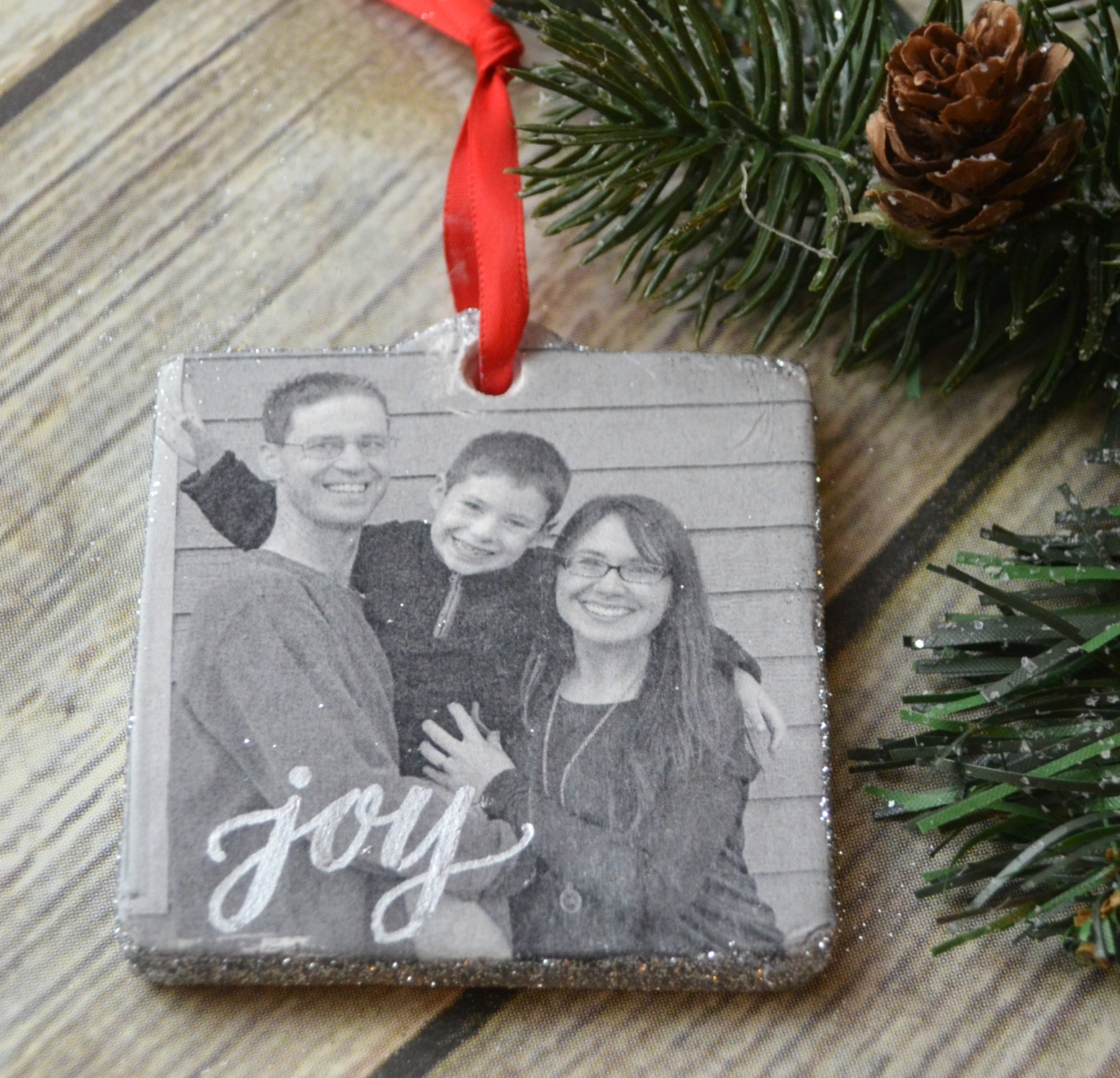 Photo Transfer Ornament and Gift Tag