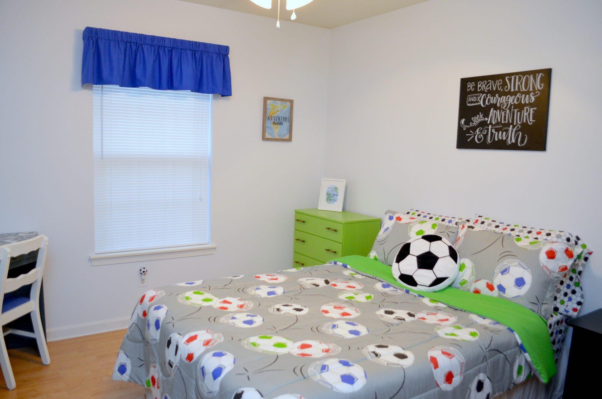 Boy Bedroom: Soccer Themed
