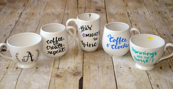 http://www.oneartsymama.com/2015/12/food-safe-personalized-mugs.html